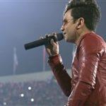 کنسرت زنده آهنگ عاشق شدن محسن ابراهیم زاده ورزشگاه آزادی